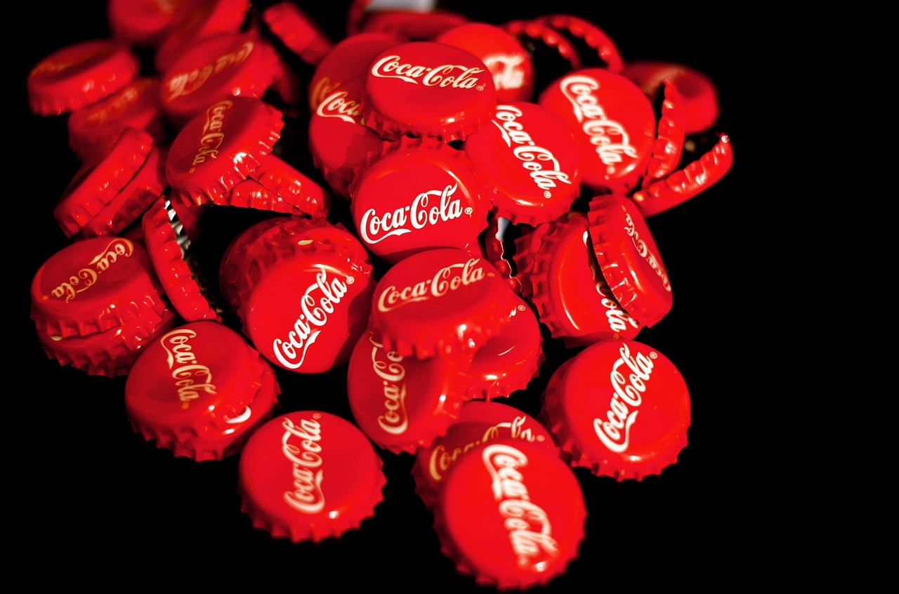 【マーケティング】「100円のコーラを1000円で売る方法1」でマーケティングの基礎を学ぶ①